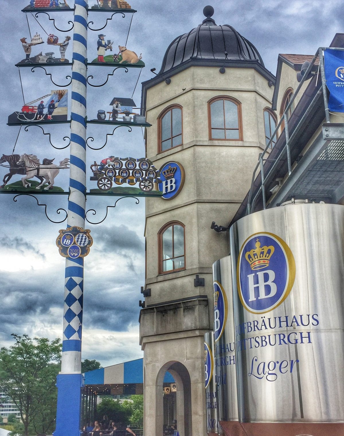 Pittsburgh restaurants Hofbrauhaus