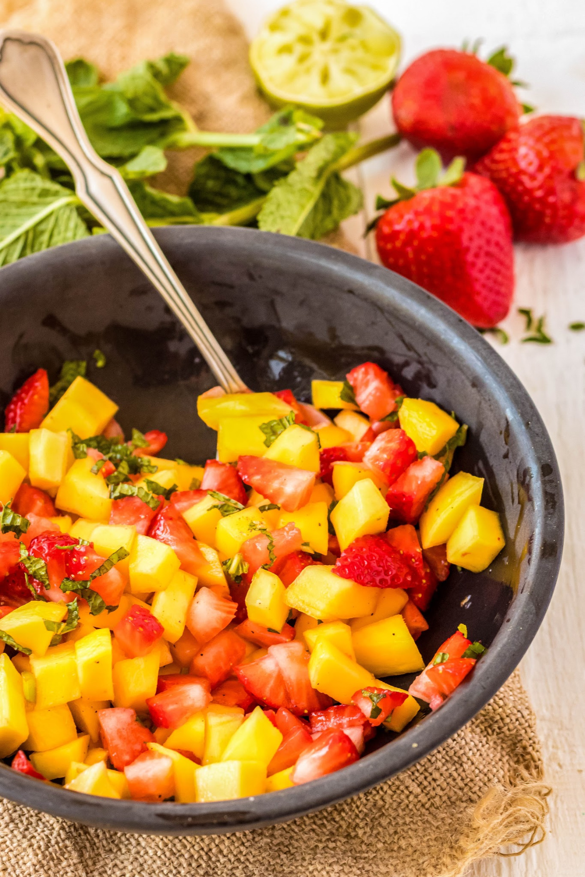 strawberry mango salsa