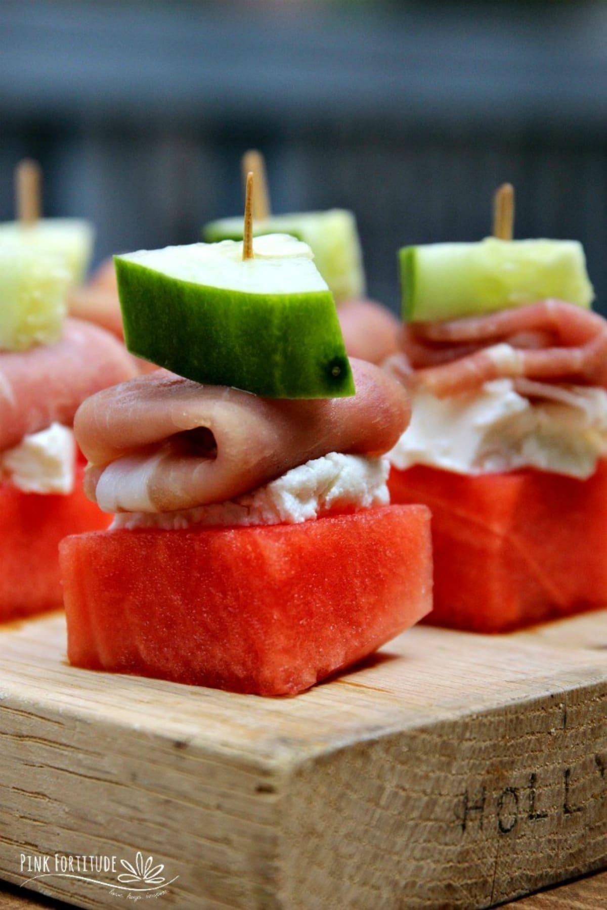 Watermelon Prosciutto Appetizer Bites