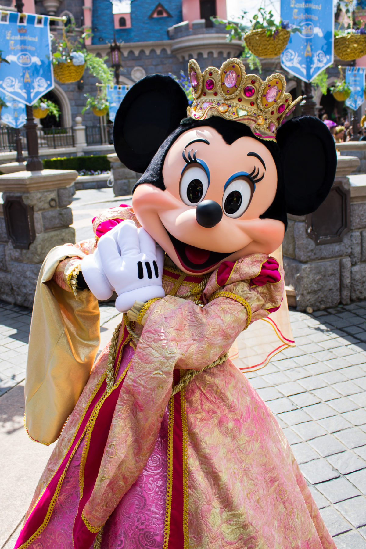 Budget Disney Vacations Minnie Mouse