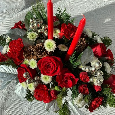 Decorate for the Holidays with Flower Bouquets