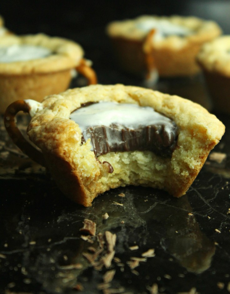 Hot Chocolate Cookie Cups