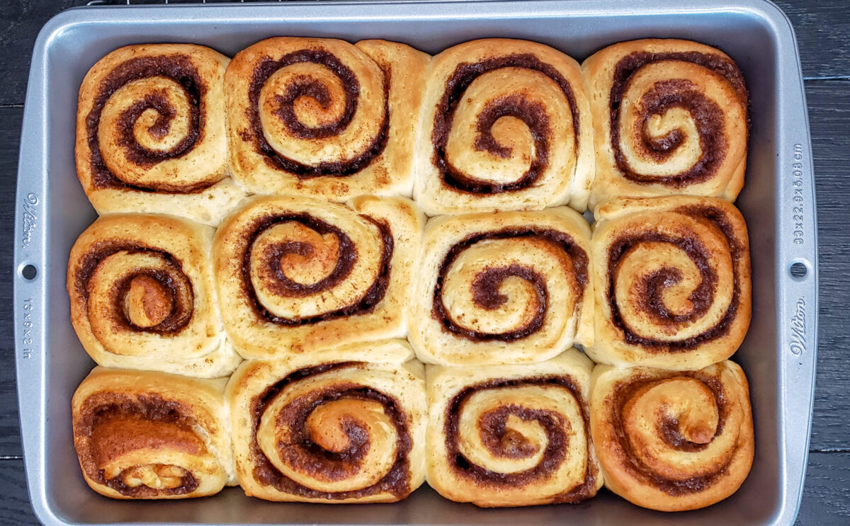 cream cheese cinnamon roll
