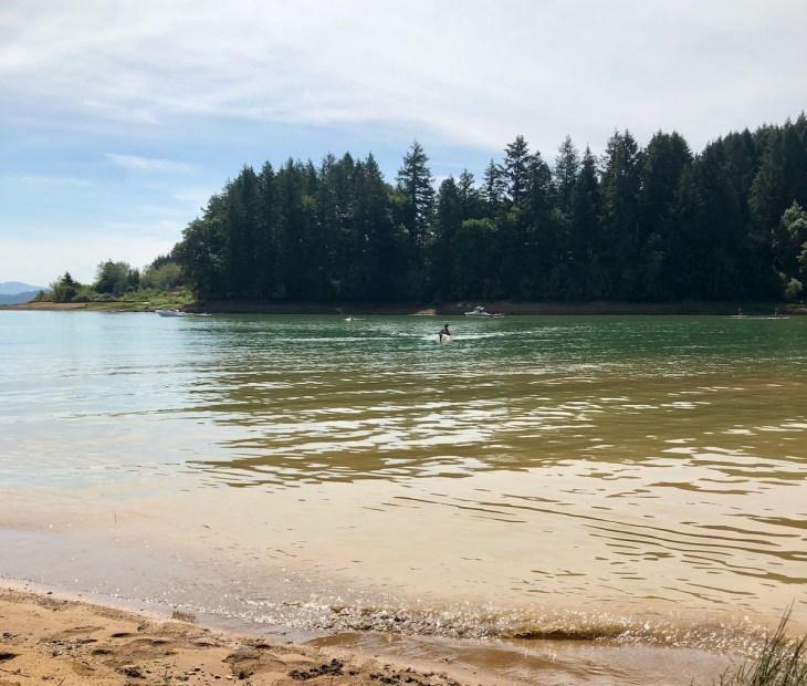 Henry Hagg Lake kayak