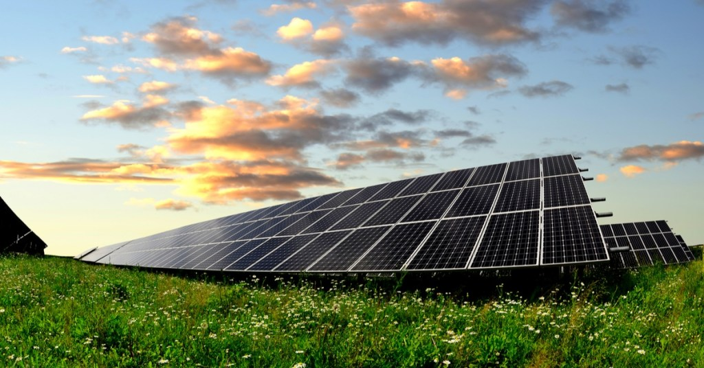 How Solar Panels Help the Environment