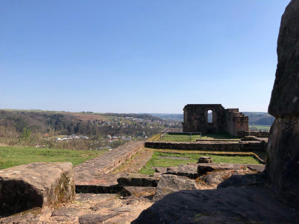 Teil des verbliebenen Grundrisses des Klosters