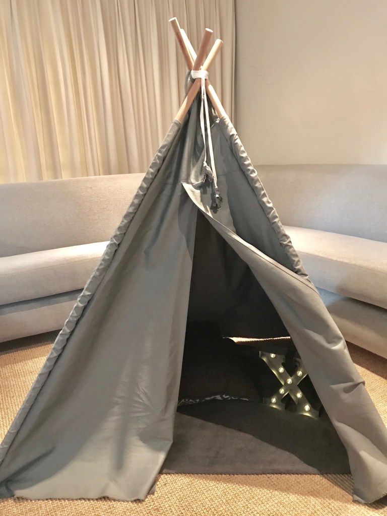 Teepee plain dark canvas teepee for children