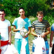 Zmajevi iz izbjegličkog kampa Litva: Neka pobijedi bolji – život!