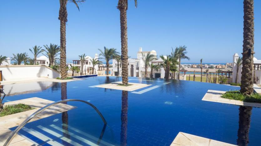 Shared Heated Pool in El Gouna Real Estate