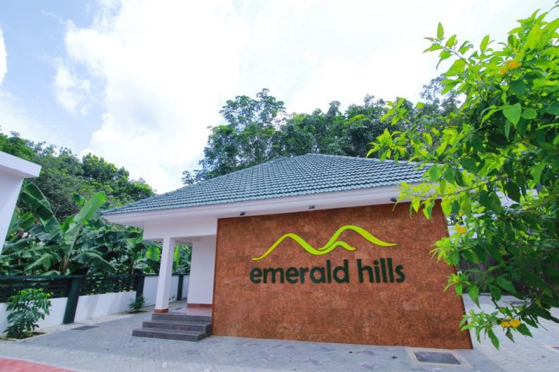 Front View - Emerald Hills