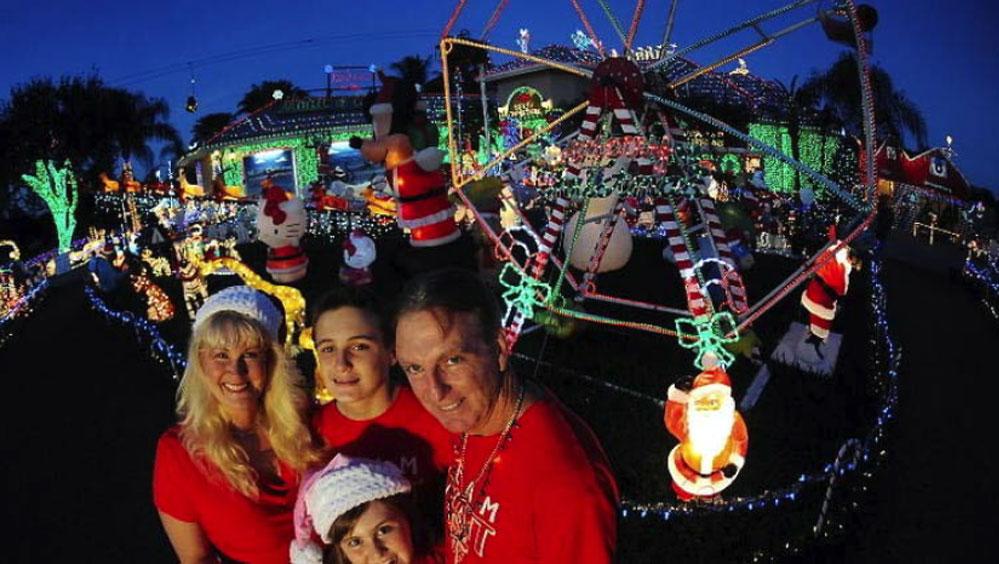 Hyatts Christmas | Robert Duyos/Sun Sentinel