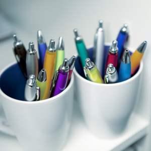 3015 foto 3 newport ballpen colour barrel hi resolution - Kulepenn i farget plast med trykk