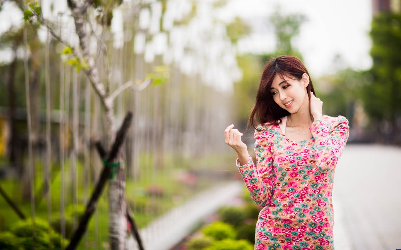 Cute Love Wallpapers For Mobile Phones 大学校园美女ppt背景图片 Ppt宝藏提供