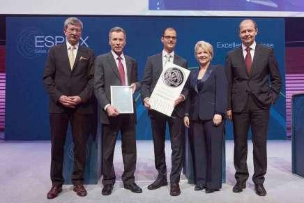 Schweizerische Post gewinnt Swiss Award for Excellence 2015