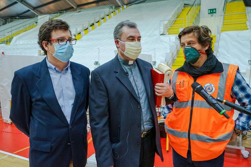 Bispo de Porto visitou e benzeu Hospital Anjo D'Ovar