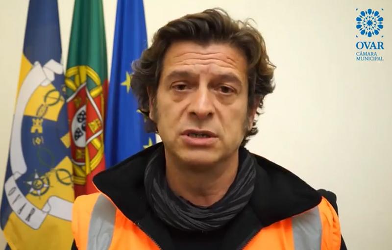 """Salvador Malheiro diz que nada está controlado e defende a manutenção da """"cerca sanitária"""" a Ovar"""