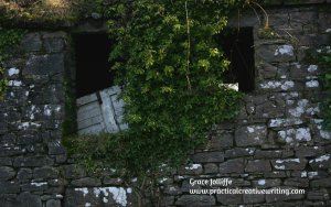 old ruined house in Ireland illustrating a creative writing article about story prompts