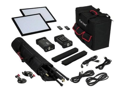 Kit d'éclairage LED bicolore puissant et ultraportable Fotodiox Kit d'éclairage LED SF50 SkyFiller 1x1 '50w