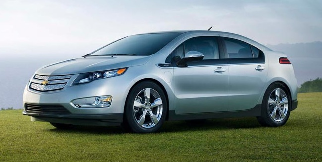 2011 chevy volt electric hybrid review roundup. Black Bedroom Furniture Sets. Home Design Ideas