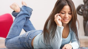Online Dating: How Soon Should You Ask For Her Phone Number