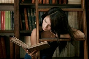 Don't Dissmiss Educated Women Who Like to Read