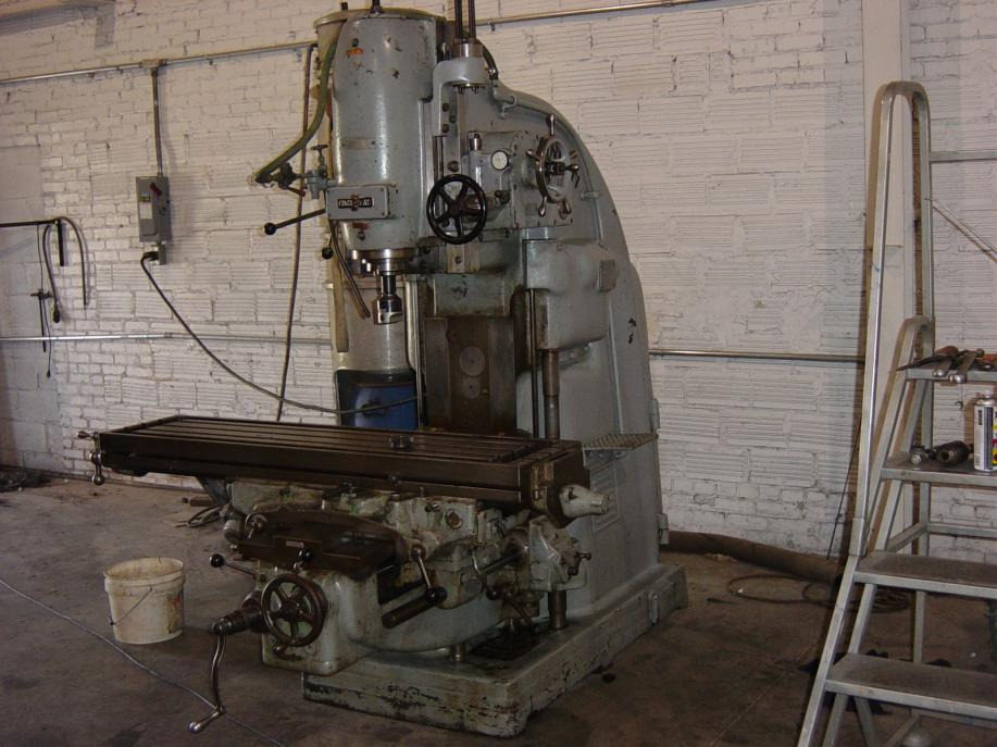 Cincinnati No 3 Vertical Mill And No2 Tool And Cutter Grinder