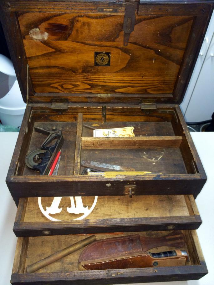 Antique Tool Box Help