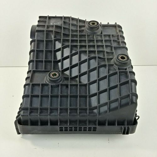 small resolution of 00 montero sport oem air intake filter cleaner box airbox bottom only 13