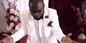 "Rev-Pk Boadi performing live ""Give me You, Sakodie's Adonai"