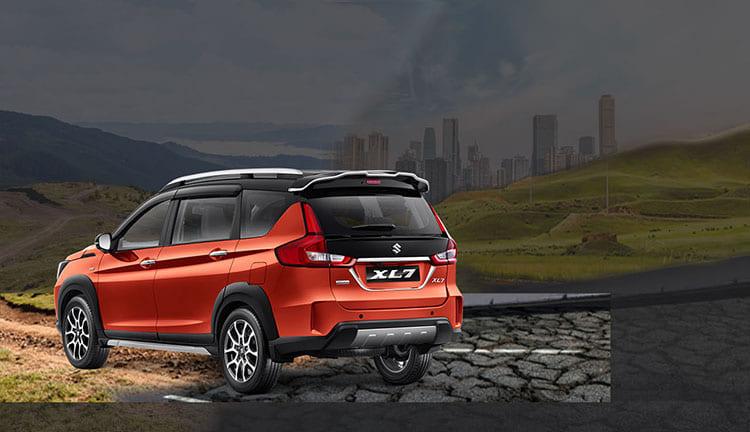 Gambar Mobil Suzuki XL7