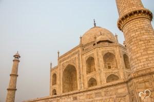 Vista lateral do Taj Mahal