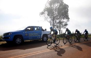 Líderes em trecho de serra (Christian Correa/Brasil Ride Botucatu)