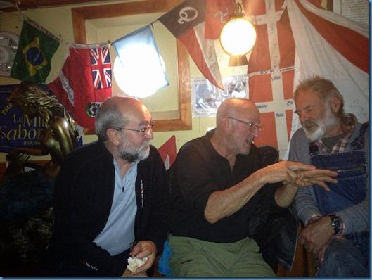 11 tres viejos lobos de mar