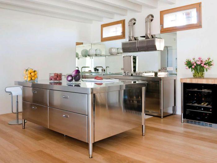 Alpes Inox Liberi in cucina elementi cucina da libero