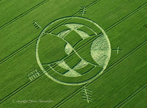 kornkreis-keltische-zeichen-2013