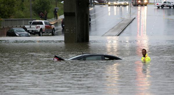 regen-ueberschwemmungen-toronto