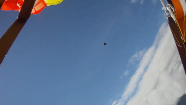 skydiver-trifft-auf-meteorit