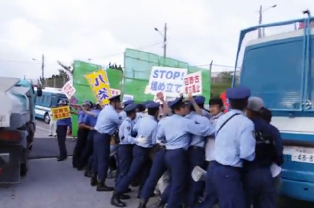 protest-okinawa