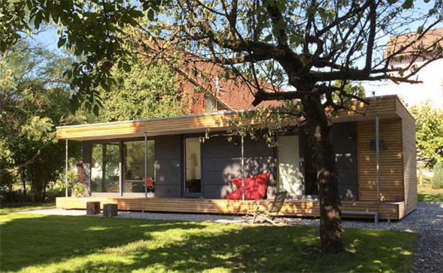 alternatives leben kleine modulh user wohnraumerweiterung in den garten videos pravda tv. Black Bedroom Furniture Sets. Home Design Ideas