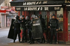 pariz-policija-teroriza