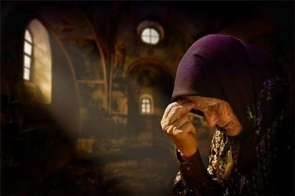 Imagini pentru monk orthodox pray