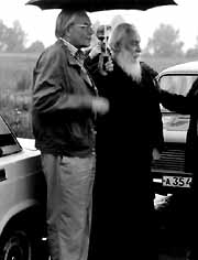 Игорь Ростиславович Шафаревич и отец Александр Киселев на дороге из Дивеево