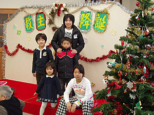 Children's Christmas show in Hakodate.