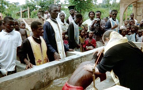крещение в Африке