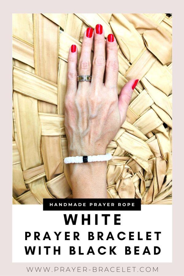 White Prayer Bracelet with black bead - komboskini - brojanica