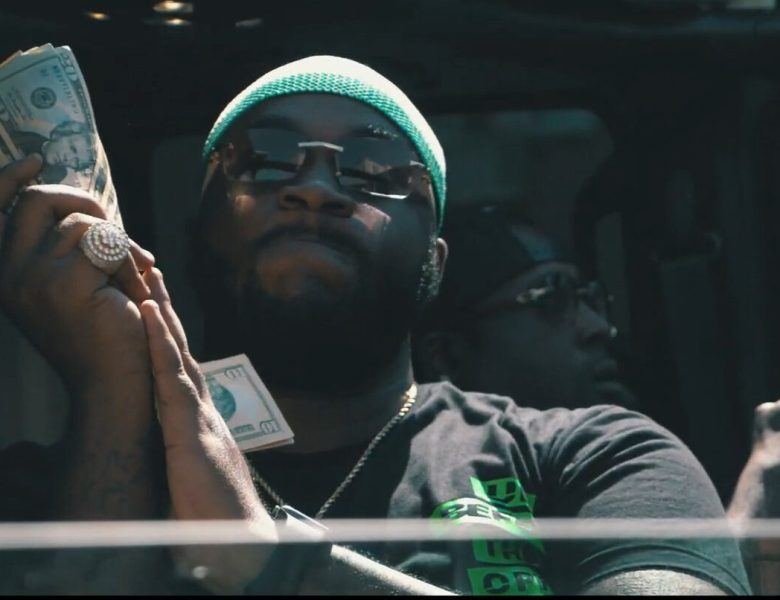 "Pee Gunna Shows He's Aiming For The Top In ""Corner"" Visual"