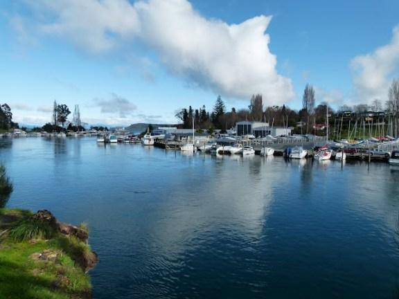 O lago de Taupo, Nova Zelândia