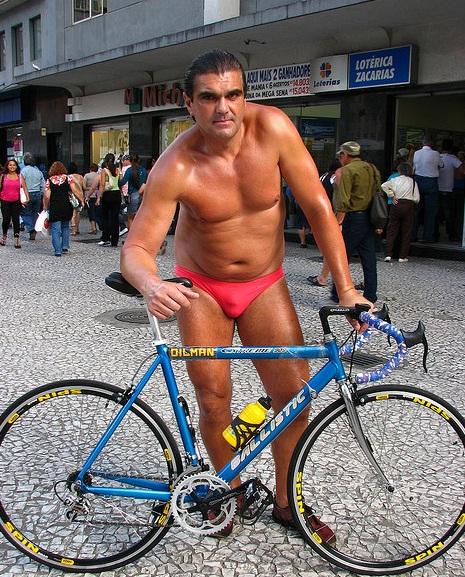 Foto retirada do http://hostelroma.com.br/o-famoso-oil-man/