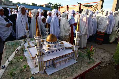 Muslim women attend Friday prayers in Tawi-Tawi province on Mindanao. (Photo by Vincent Go)