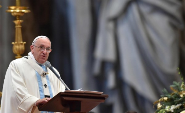 pope-new-year-mass-20150103-1_a0f0e09c121541e4b2044de9b26cee60_3FE52D3E147C480B8B7D208EF1FC2F9E